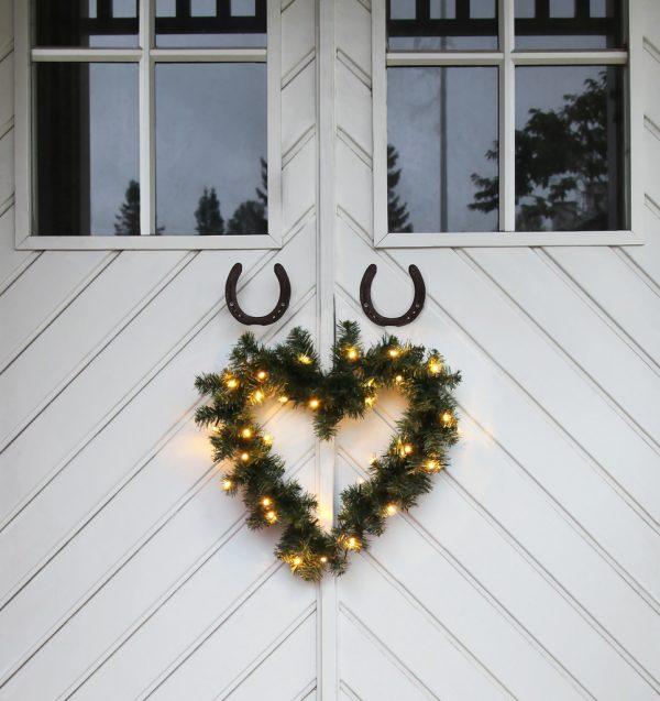 Vacker Krans Hjärta. 50 cm. 30 LED
