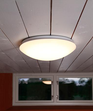 Takplafond Ruben LED 32 cm. 17 W. 1000 LM. 3000 K. IP20