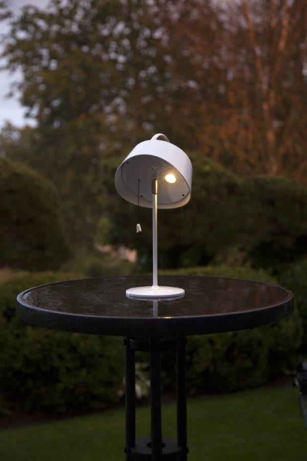 Solcellslykta Cervia - Praktisk Bordslampa på Fot