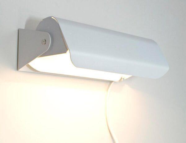 Vägglampa Martin Blankvit Slät. Eklunds Metall
