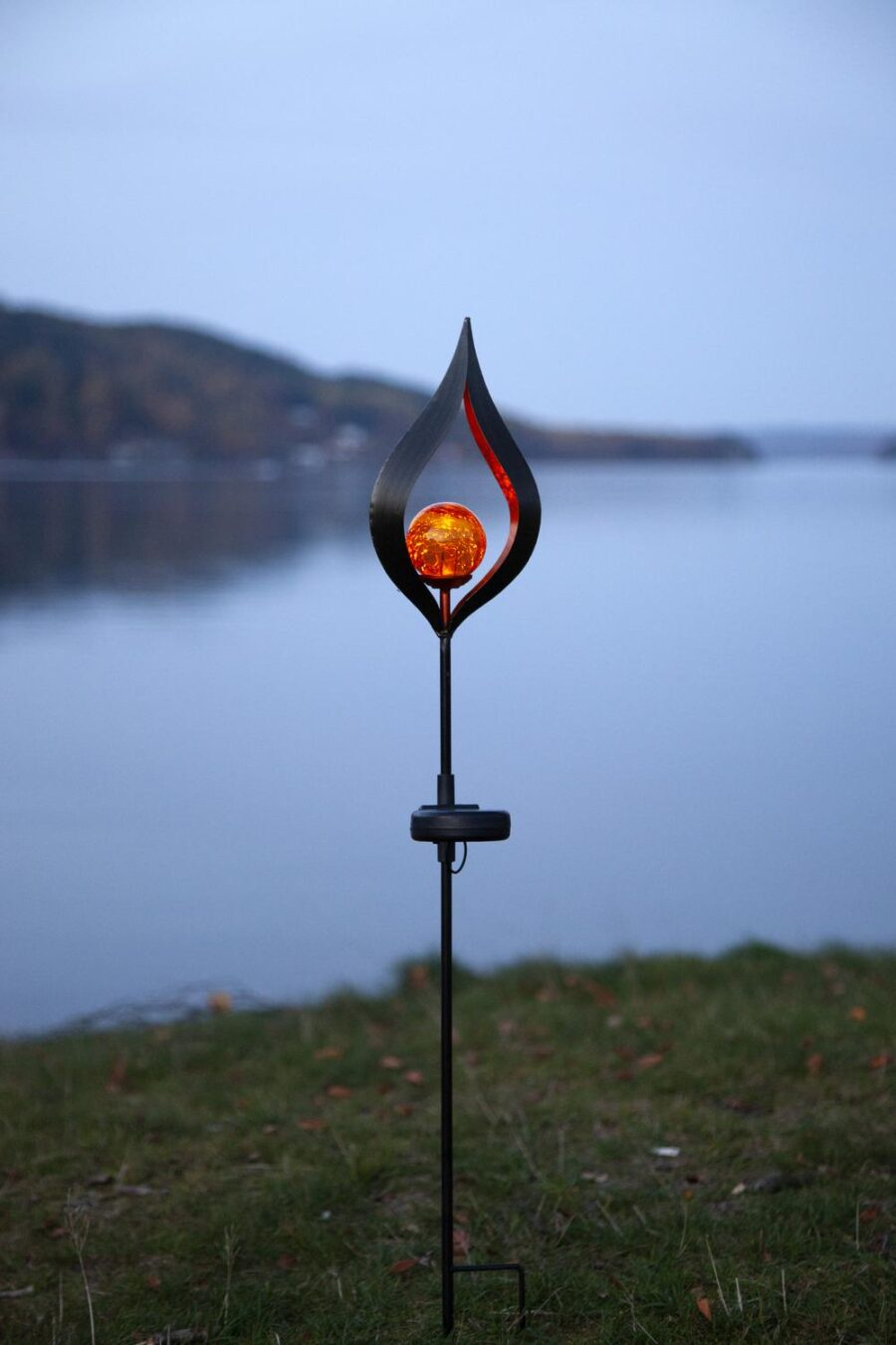 Solcellsdekoration Gardenstick Milla Amber Glaskula 70cm